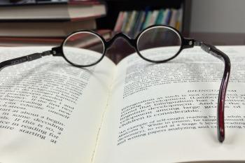 glasses-568405_1920